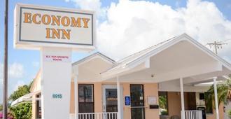 Economy Inn West Palm Beach - ווסט פאלם ביץ' - בניין