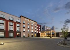 Four Points by Sheraton Grande Prairie - Grande Prairie - Building