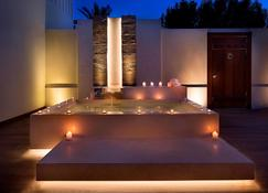 The Ritz-Carlton Ras Al Khaimah, Al Hamra Beach - Ras Al Khaimah
