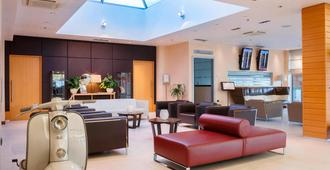 Courtyard by Marriott Venice Airport - Venice - Lobby