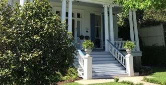 Bisland House Bed and Breakfast - Natchez