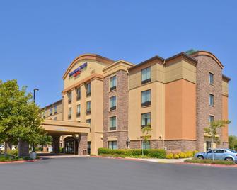 SpringHill Suites by Marriott Sacramento Roseville - Roseville - Gebouw
