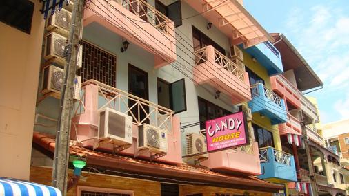 Candy House - Bãi biển Patong - Toà nhà