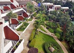 Best Western Phuket Ocean Resort - Karon - Κτίριο