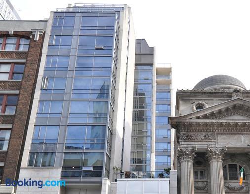 Yonge Suites Furnished Apartments - Τορόντο - Κτίριο