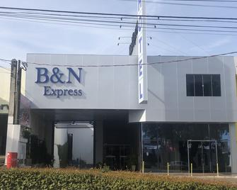 Hotel B&N Express - Guarapuava - Building