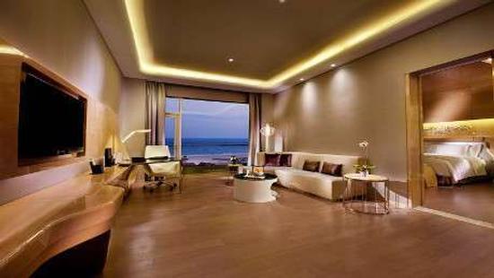 Wyndham Grand Qingdao - Qingdao - Living room
