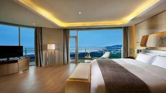 Wyndham Grand Qingdao - Qingdao - Makuuhuone
