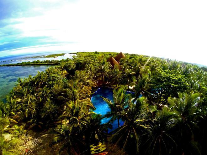 Cordova Reef Village Resort - Lapu-Lapu City - Beach