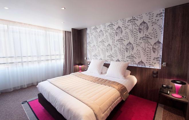 Best Western Plus Le Patio des Artistes - Cannes - Phòng ngủ