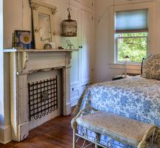 Hill House Bed & Breakfast