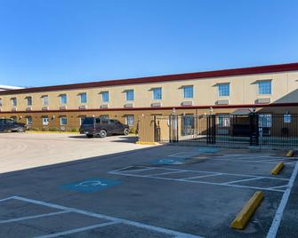 Americas Best Value Inn Temple Killeen - Temple - Building