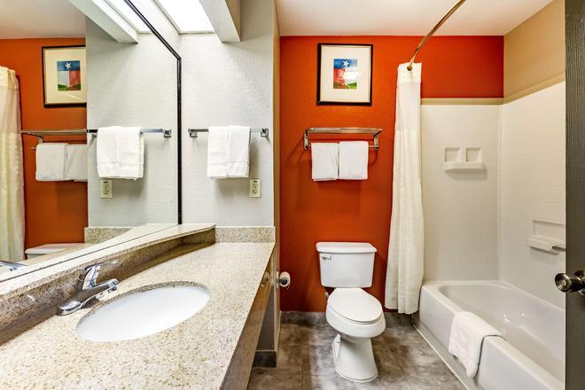 Americas Best Value Inn Temple Killeen - Temple - Bathroom