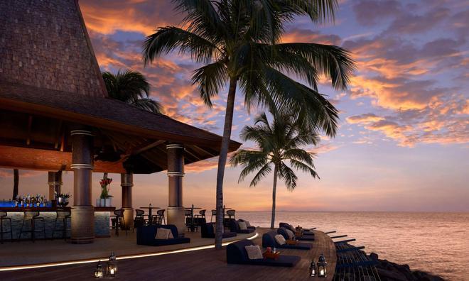 Shangri La's Tanjung Aru Resort and Spa - Kota Kinabalu - Bar