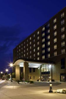 The Blackwell Inn And Pfahl Conference Center - Columbus - Toà nhà