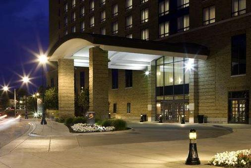 The Blackwell Inn And Pfahl Conference Center - Columbus - Building