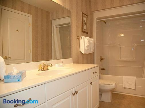 French Quarter Resort by Spinnaker Resorts - Branson - Phòng tắm