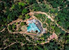 Ama Plantation Trails , Coorg - Pollibetta - Soveværelse