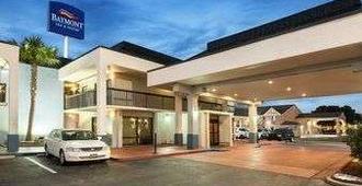 Baymont Inn & Suites Florence by Wyndham - Florence - Edificio