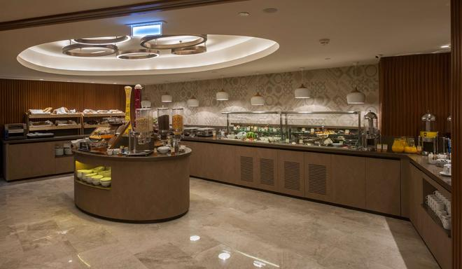 DoubleTree by Hilton Istanbul - Sirkeci - Istanbul - Buffet