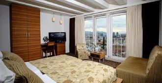 Hecco Deluxe Hotel - סרייבו - חדר שינה