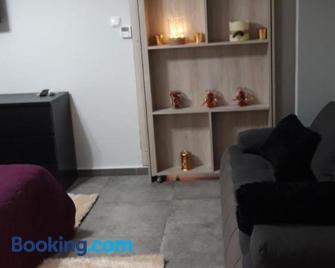 Studio Santa Monica - Tríkala - Living room