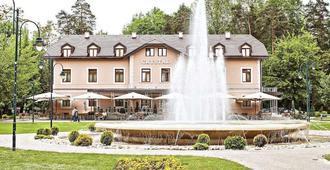 ホテル クリスタル - サラエヴォ