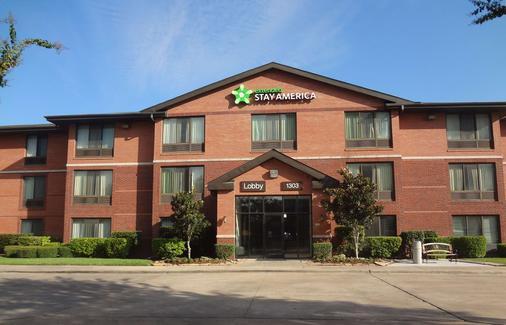 Extended Stay America - Houston - Med Ctr - Nrg Park - Kirby - Houston - Building