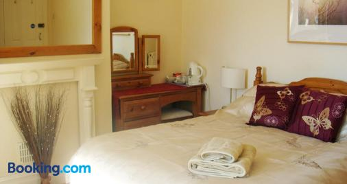 Harlequin Guest House - Weymouth - Bedroom