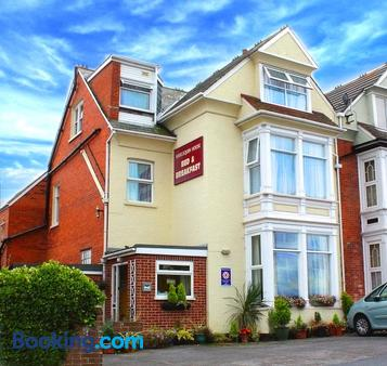Harlequin Guest House - Weymouth - Building