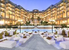 Corinthia Hotel St. George's Bay - סנט ג'וליאנס - אולם אירועים