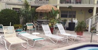 Sands Point Motel - Clearwater Beach - Pool