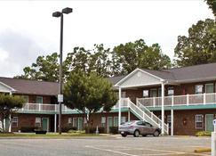 East Side Suites - Lynchburg - Rakennus
