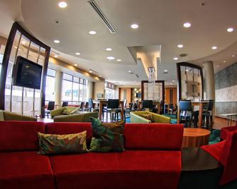 SpringHill Suites by Marriott Scranton Wilkes-Barre - Moosic - Wohnzimmer