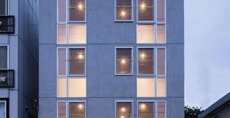 Theatel Haneda - Tokyo - Building