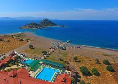 Adaburnu Golmar Beach Hotel - Datça - Beach