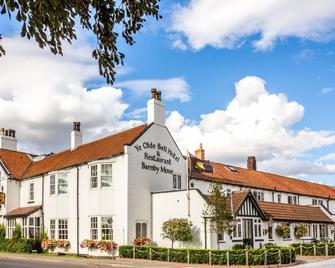 Ye Olde Bell Hotel & Spa - Retford - Building