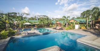 Orator Hotel Samoa - อาปีอา