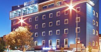 Luna Esperança Centro Hotel - Setúbal - Edificio