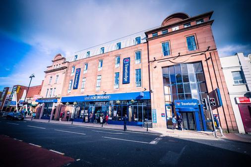 Travelodge Derry - Londonderry - Toà nhà