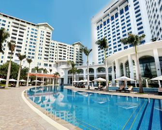 Hanoi Daewoo Hotel - Hanoj - Pool