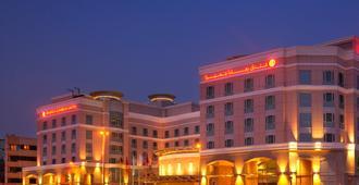 Ramada by Wyndham Jumeirah - Dubái - Edificio