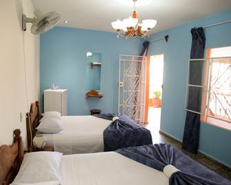 Hostal Vista Hermosa Trinidad - Трінідад - Bedroom