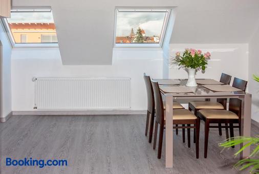 Hotel Zum Ritter - Seligenstadt - Dining room