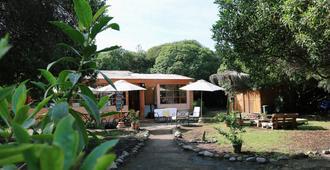 el arbol eco-lodge - La Serena - Pátio