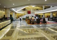 Langfang International Hotel - Langfang - Lobby