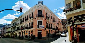 Hostal Latitud Ecuem - Quito - Cảnh ngoài trời