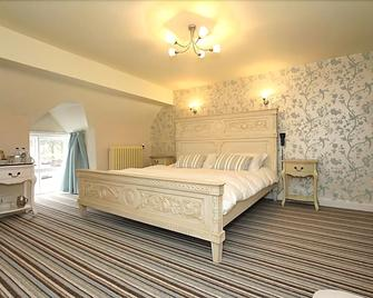 The Hand at Llanarmon - Llangollen - Bedroom