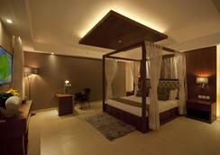 Celesta Kolkata - Kolkata - Bedroom