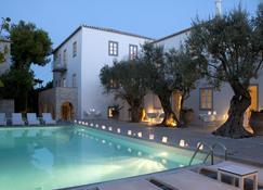 Orloff Resort - Spétses - Pool